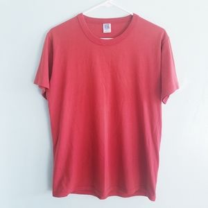 Vintage Russell Athletic red short sleeve t-shirt